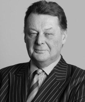 Richard Onslow 560x670 1