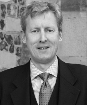 Stephen Wyeth 560x670